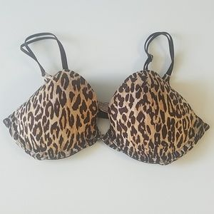 Victoria secret's push up bra